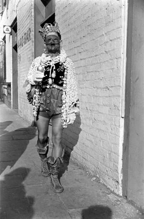 Portrait of a costumed man on the sidewalk during the Mardi Gras celebrations in New Orleans, Louisiana in February 1938. Photo: William Vandivert, Time & Life Pictures/Getty Image / Time & Life Pictures