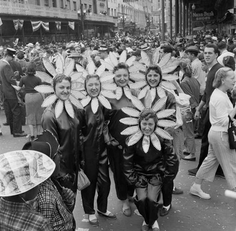 A group of girls in sunflower costumes at the New Orleans Mardi Gras parade circa 1955. Photo: Three Lions, Getty Images / Hulton Archive