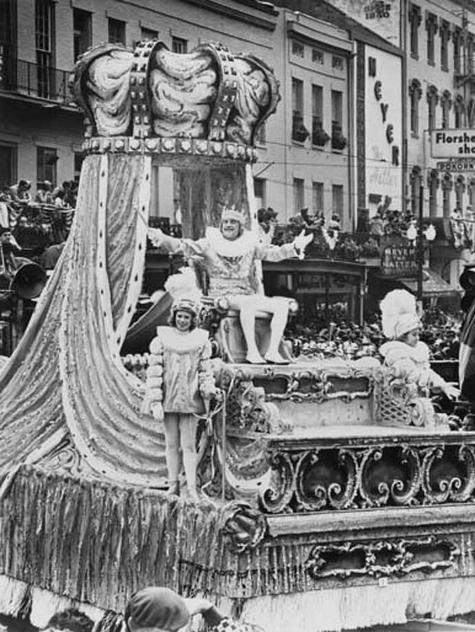 A beautiful Mardi Gras float carrying King Rex in New Orleans, Louisiana in January 1973. Photo: Keystone-France, Gamma-Keystone Via Getty Images / 1973 Keystone-France