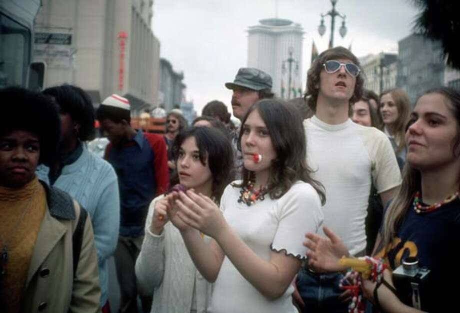 View of onlookers during the Mardi Gras parade in New Orleans, Louisiana in February 1973. Photo: Tim Boxer, Getty Images / Archive Photos