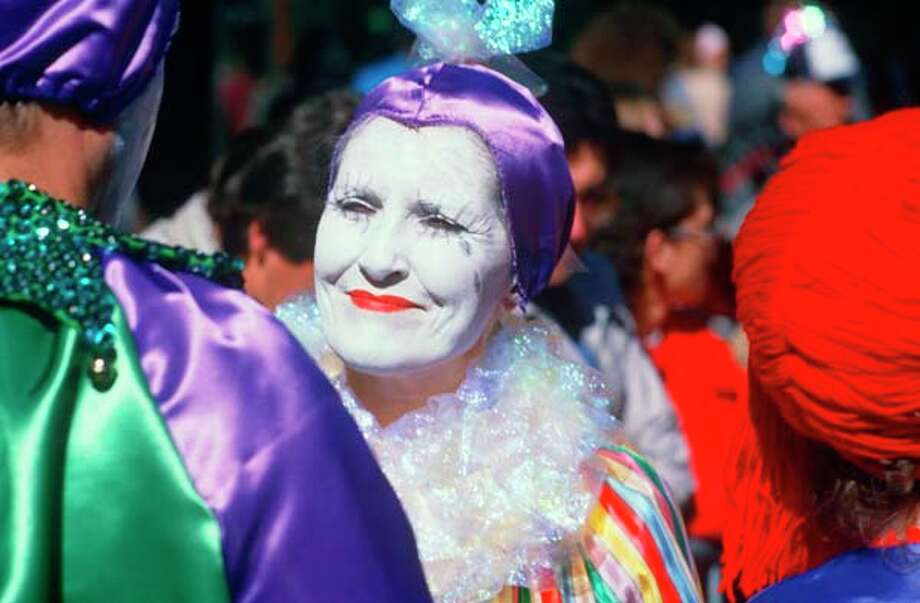 Harlequin at Mardi Gras Festival in New Orleans in January 2004. Photo: Visions Of America, UIG Via Getty Images / © 2003 VisionsofAmerica.com/Joe Sohm.  All Rights Reserved. (800) SOHM-USA (764-6872)