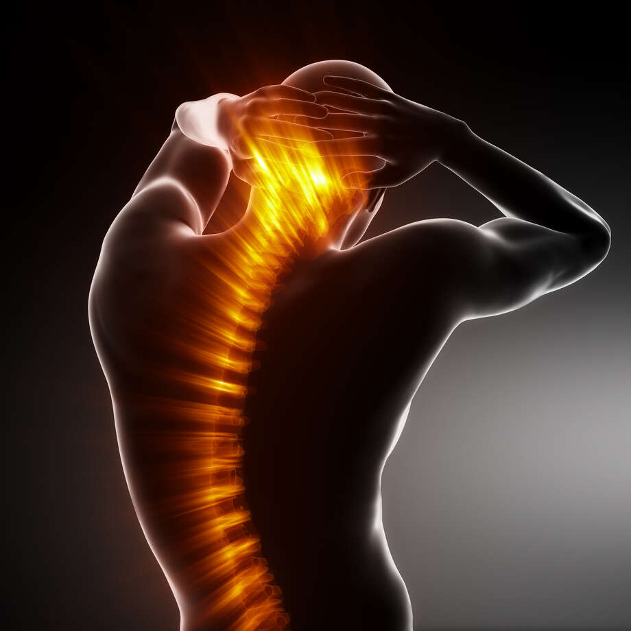Back pain Fotolia Photo: Fotolia / CLIPAREA.com - Fotolia