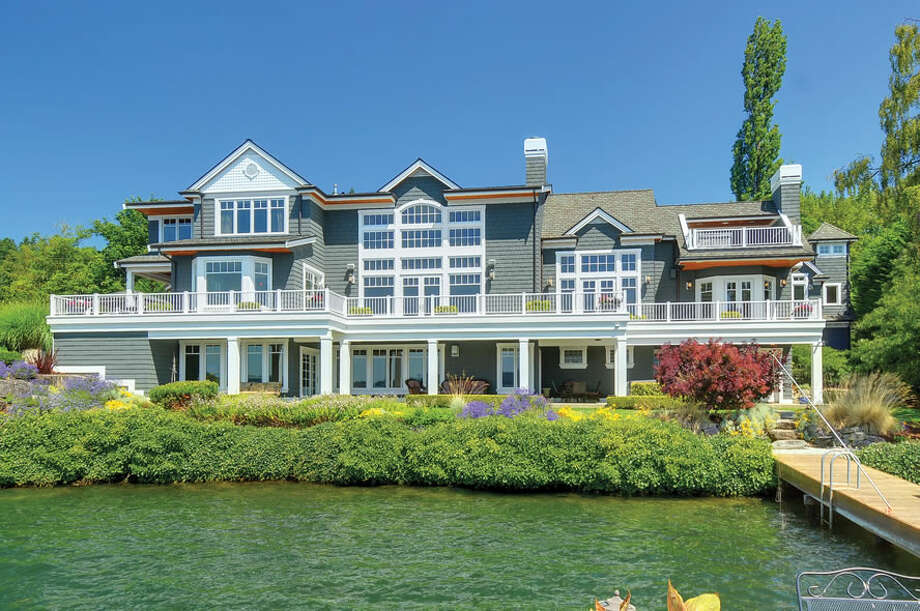 Lake side of a $5 million Lake Sammamish house that is the grand prize in a Special Olympics Washington raffle. Photo: Courtesy Special Olympics Washington