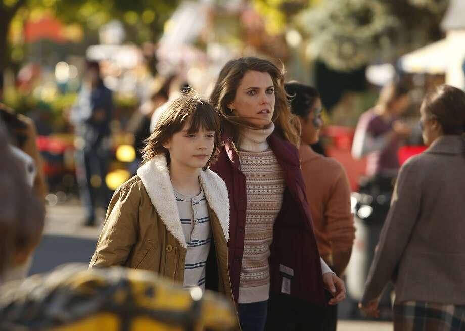"""The Americans"": Keidrich Sellati as Henry Jennings, Keri Russell as Elizabeth Jennings Photo: Craig Blankenhorn, FX"