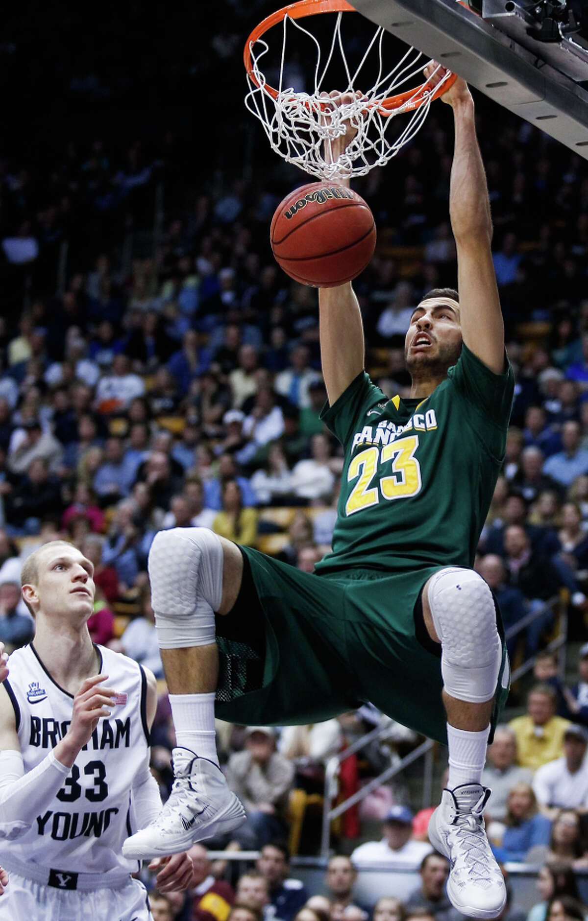 Mark Tollefsen, a 6-foot-9 junior, can shoot three-pointers as well as dunk.