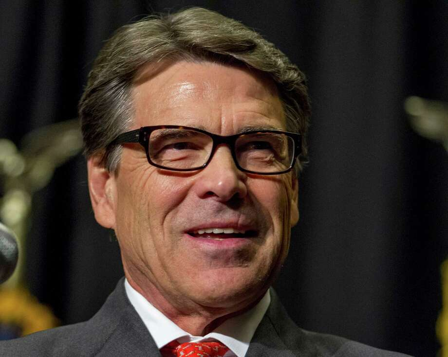 Gov. Rick Perry's objections to a law designed to halt prison rape appear to be about his aversion to federal involvement. Photo: Justin Hayworth, FRE / FR170760 AP