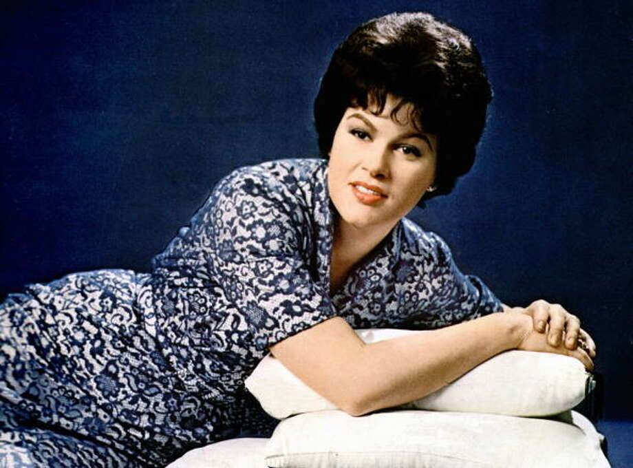 Patsy Cline, singer ) Photo: GAB Archive, Redferns / Redferns