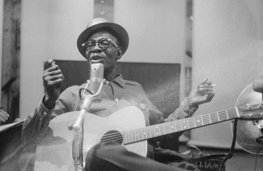 Photo of  Lightnin Hopkins,  1960, California, Los Angeles, Photo: Michael Ochs Archives / Michael Ochs Archives