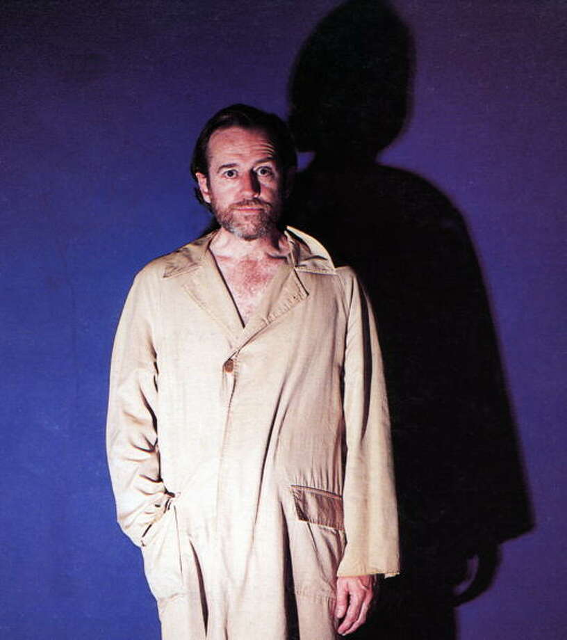 1970: George CARLIN  (Photo by GAB Archive/Redferns) Photo: GAB Archive, Redferns / Redferns