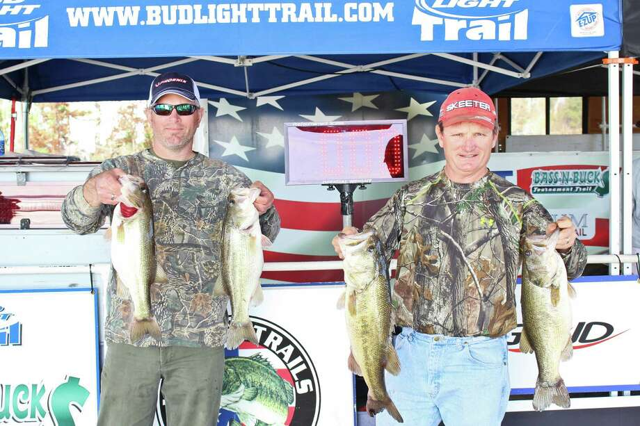 The winning team of Scott Gill and Brian Schott took home $1,750 for their 22.54-pound weigh-in. Photo by Alison Hart