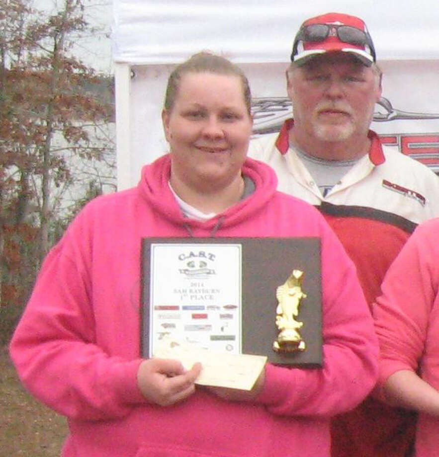 First place winners Ronnie & Courtney Mundy