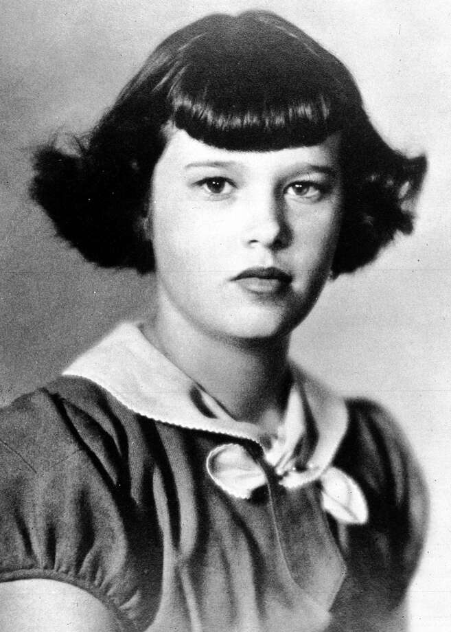 A portrait of 13-year-old Gloria Vanderbilt, January 1938. Photo: Popperfoto, Popperfoto/Getty Images