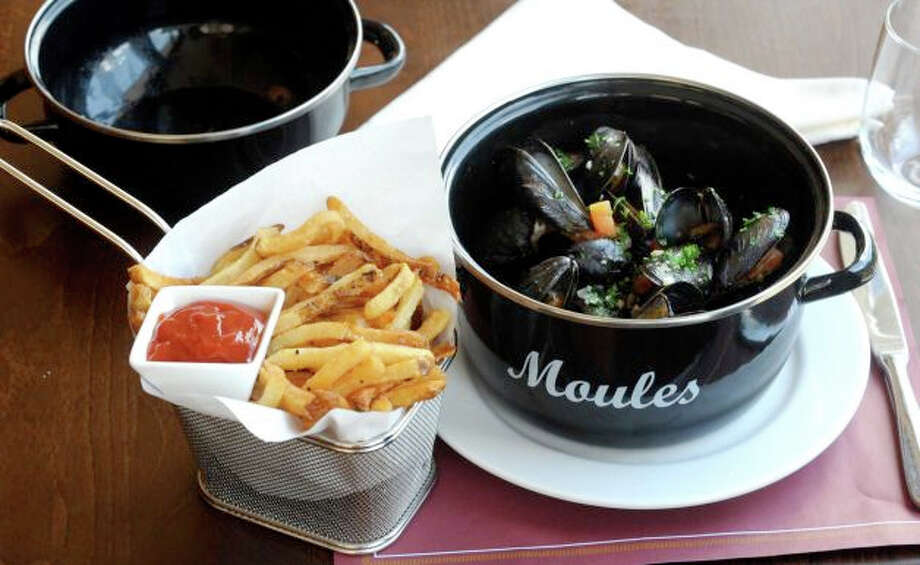 Enjoy classic French cuisine from moules frites to croque-monsieur at Rive Bistro in Westport.  299 Riverside Ave, Westport, CT 06880 (203) 557-8049