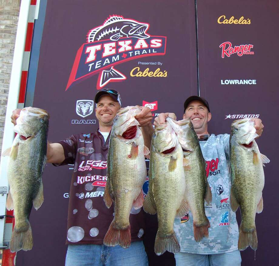 Todd Castledine & Russell Cecil took a commanding 1st place at the 2014 Texas Team Trail kick-off weighing in over 35 lbs! Photo by Patty Lenderman, Lakecaster