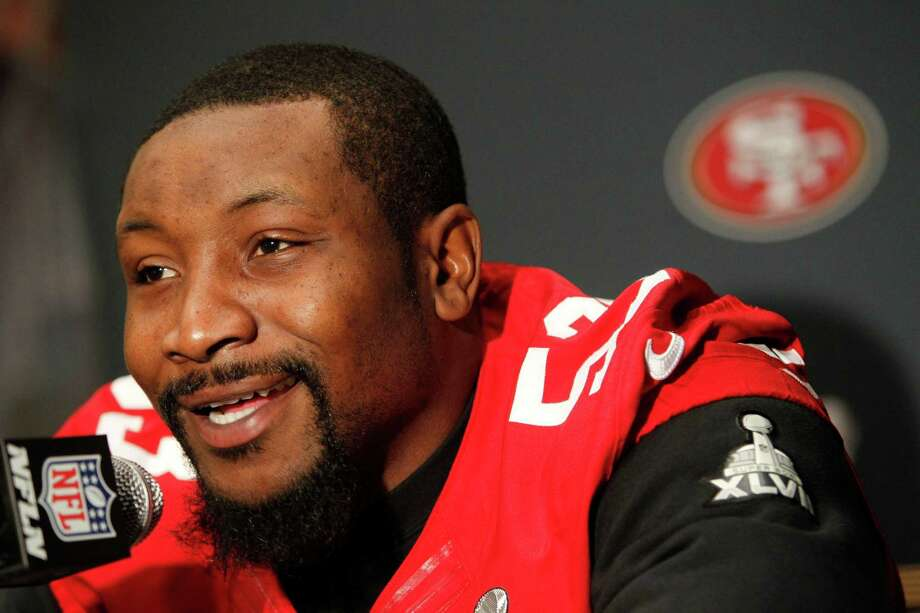 49ers' NaVorro Bowman speaks with reporters during the daily press conference on Thursday Jan. 31, 2013, in New Orleans, La. The San Francisco 49ers and the Baltimore Ravens prepare for this Sunday's NFL Superbowl match up. Photo: Michael Macor / The Chronicle / ONLINE_YES