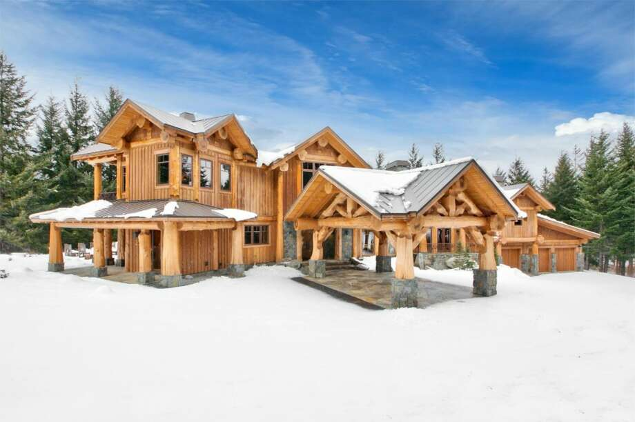 Exterior of 250 Fortune Creek Lane, in Cle Elum. It's listed for $3 million. Photo: Cascade Pro Media/Courtesy Brian Hawkins,  Washington Home Buyer Network