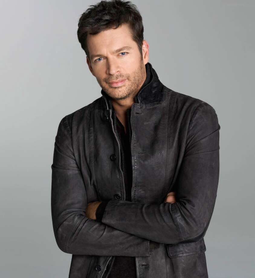 AMERICAN IDOL XIII: Judge, Harry Connick, Jr. AMERICAN IDOL XIII begins with a two-night, four-hour premiere Wednesday, Jan. 15 (8:00-10:00 PM ET/PT) and Thursday, Jan. 16 (8:00-10:00 PM ET/PT) on FOX. CR: Matthias Vriens-McGrath / FOX. Copyright 2013 FOX Broadcasting Co.