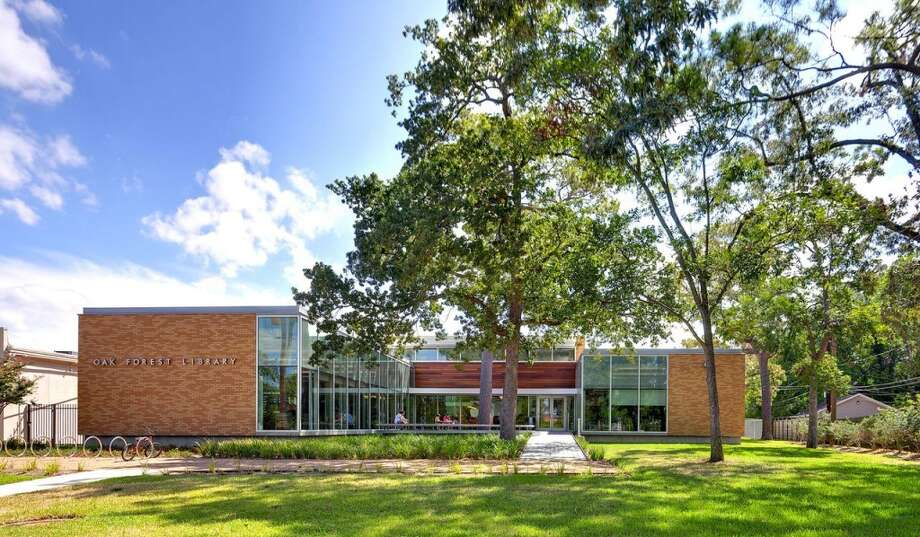 2012 WinnerHouston Public Library's renovation of the Oak Forest Neighborhood Library, originally built in 1961