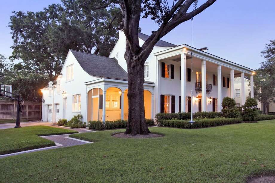 2013 WinnerRenovation of the historic home located at 2514 Brentwood Drive