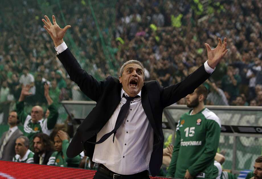 Blood pressure 180 and rising: Panathinaikos coach Argiris Pedoulakis reacts to a 