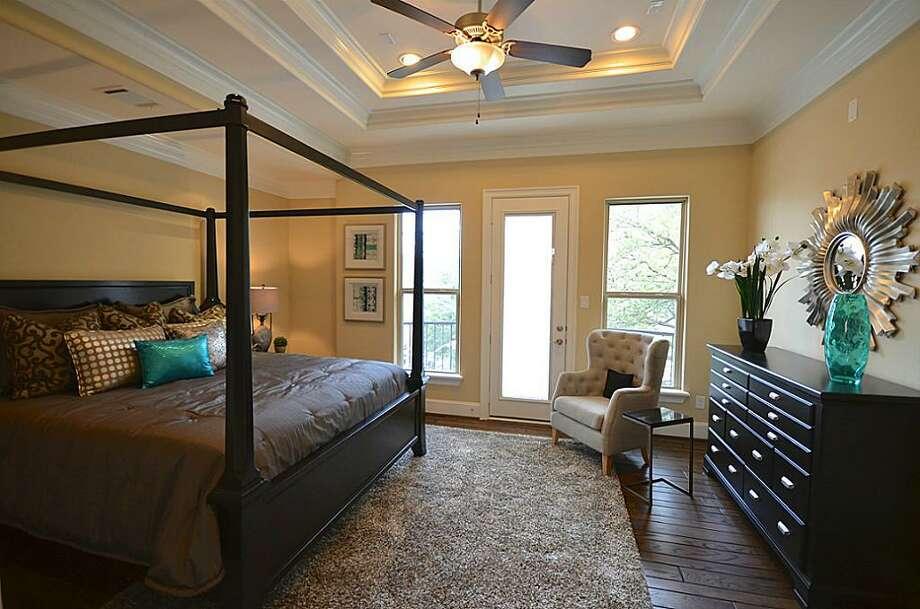 3330 Graustark: This 2013 home has 3 bedrooms, 3.5 bathrooms, 2,528 square feet, and is listed for $729,990. Open house: 2/23/2014, 12 p.m. to 6 p.m. Photo: Houston Association Of Realtors