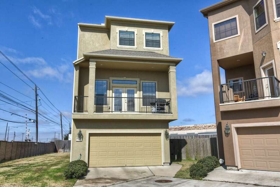 1182 Hempstead Villa: This 2008 home has 3 bedrooms, 2.5 bathrooms, 2,292 square feet, and is listed for $359,900. Open house: 2/23/2014, 2 p.m. to 4 p.m. Photo: Houston Association Of Realtors