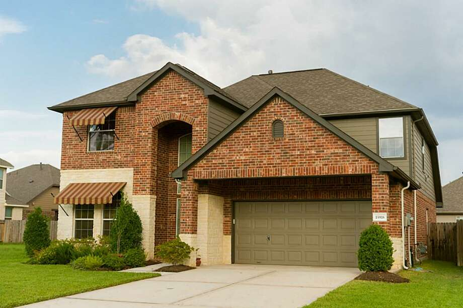 15918 Eldora Springs: This 2008 home has 4 bedrooms, 3.5 bathrooms, 3,063 square feet, and is listed for $294,900. Open house: 2/23/2014, 2 p.m. to 4 p.m. Photo: Houston Association Of Realtors