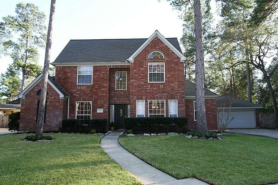 12531 Pavilion: This 1989 home has 4 bedrooms, 3.5 bathrooms, 2,969 square feet, and is listed for $245,000. Open house: 2/23/2014, 2 p.m. to 4 p.m. Photo: Houston Association Of Realtors