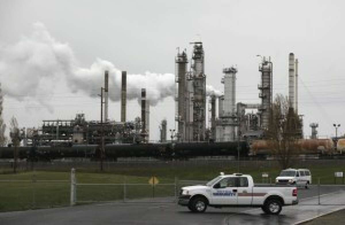 Oiul companies have raised a record $31.3 million to defeat Initiative 1631, the Washington ballot measure that would put a fee on greenhouse gas emissions. They ran through $10.8 million in just two weeks of October.