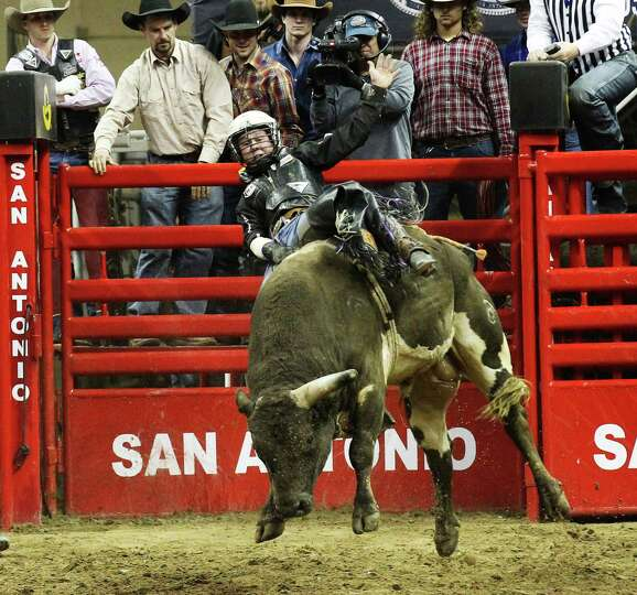 Trey Benton, III of Rock Island, Texas scores an 89 on Rio Bravo during the bull riding competition