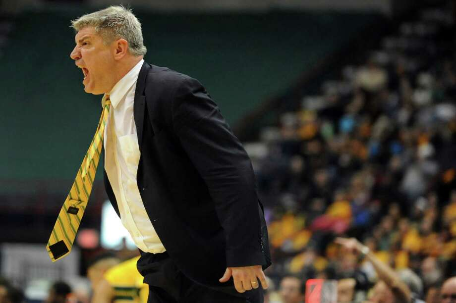Siena's coach Jimmy Patsos instructs the team during their basketball game against Manhattan on Friday, Feb. 21, 2014, at Times Union Center in Albany, N.Y. (Cindy Schultz / Times Union) Photo: Cindy Schultz / 00025724A