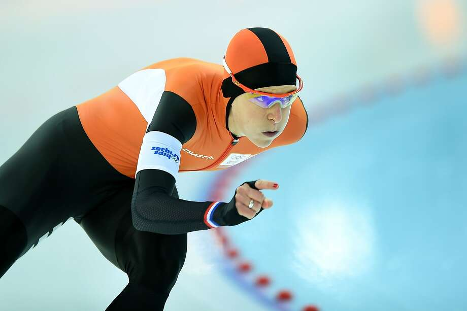 Ireen Wust's gold in pursuit gave her five medals in Sochi. Photo: Jung Yeon-je, AFP/Getty Images