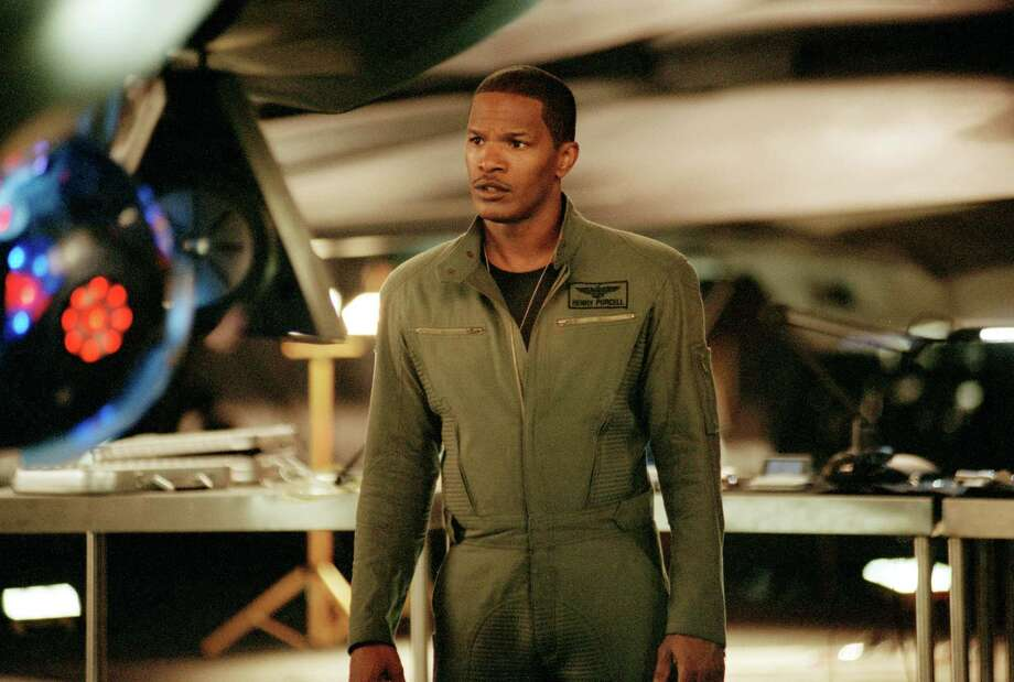 """Cost: $170.8 million Revenue: $77 million Total adjusted net loss: $110.3 millionJamie Foxx in """"Stealth,"""" 2005. Photo: Getty Images"""
