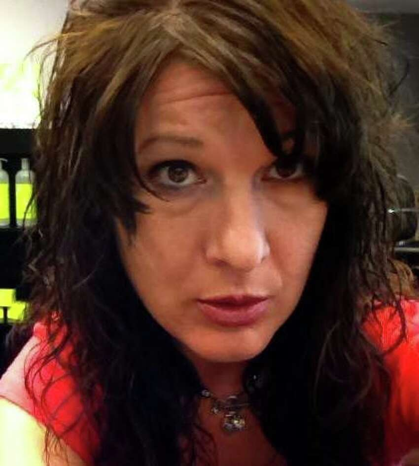 Sara D. Moore (Facebook) ORG XMIT: MER2014020709355894
