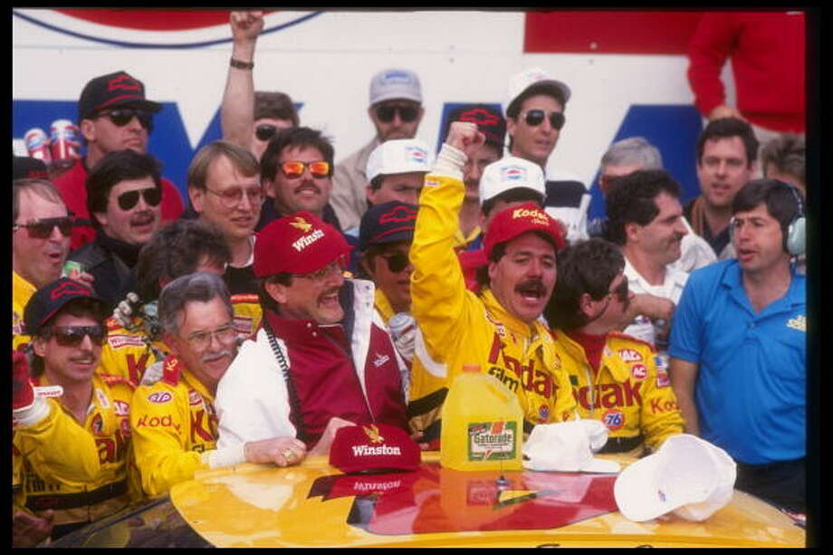 1991: Ernie Irvan Driving a Chevrolet Starting position: 2 Photo: Jim Cooper, Getty Images / Getty Images North America