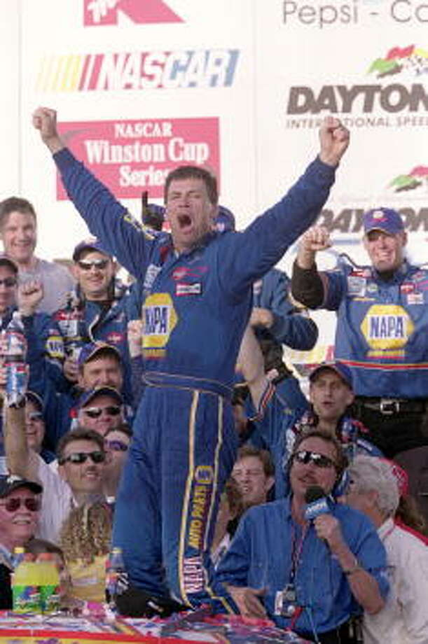 2001: Michael Waltrip
