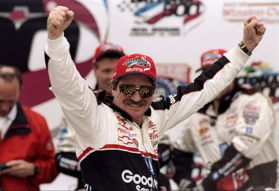 1998: Dale Earnhardt Driving a Chevrolet Starting position: 4 Photo: David Taylor, Getty Images / Getty Images North America