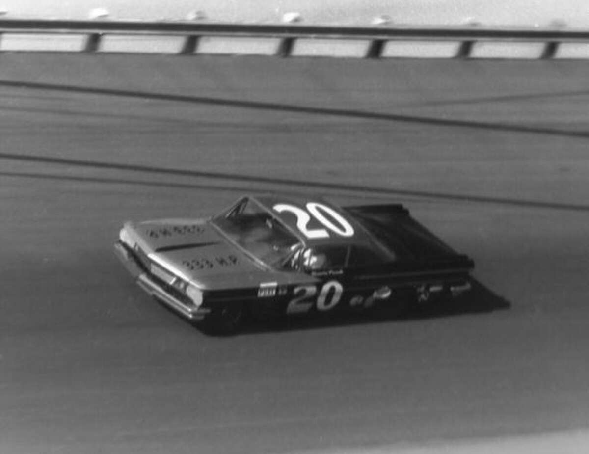 1961: Marvin Panch Driving a PontiacStarting position: 4