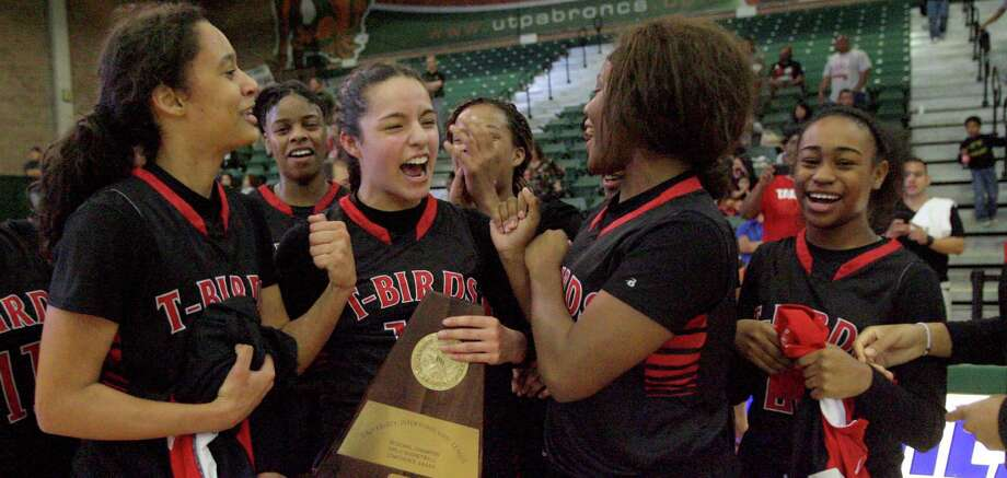 Wagner celebrates its third trip to the state tournament after winning the Region IV-5A girls basketball title. / Delcia Lopez photography