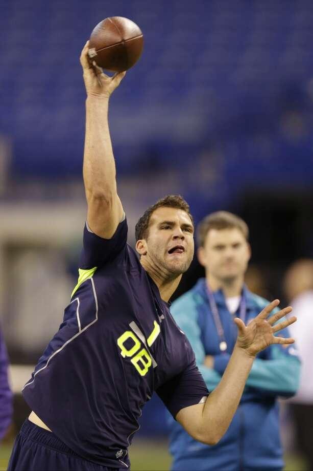 Central Florida quarterback Blake Bortles throws during a drill. Photo: Michael Conroy, Asssociated Press