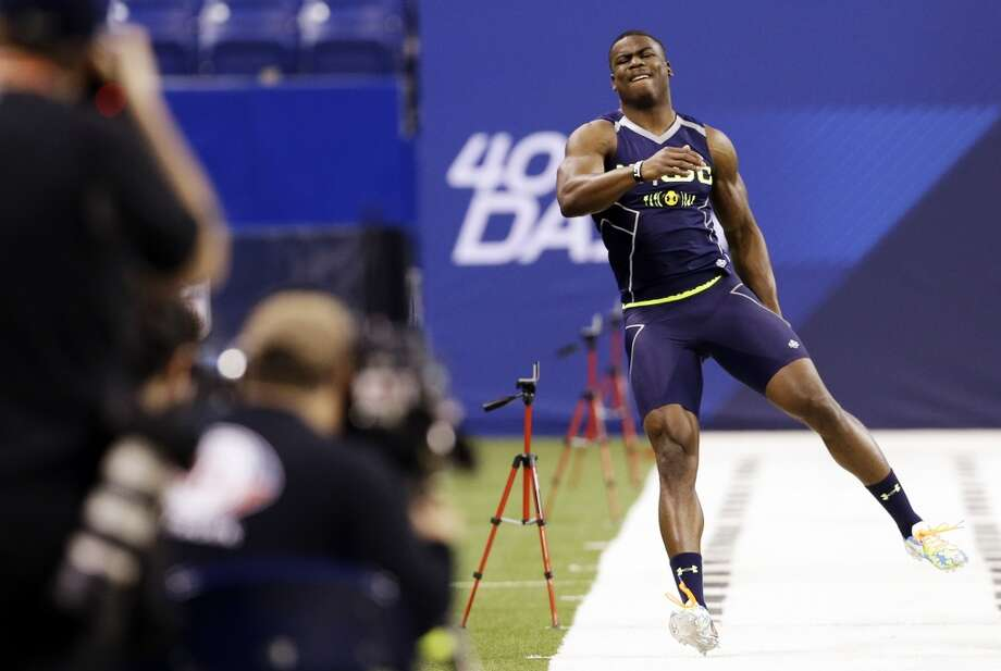 Nebraska wide receiver Quincy Enunwa reacts as he runs the 40-yard dash. Photo: Nam Y. Huh, Associated Press