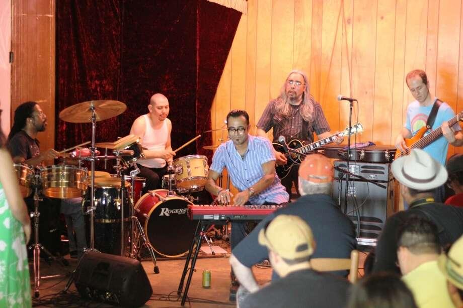 Sexto Soul at Azeneth Dominguez show on Sunday.