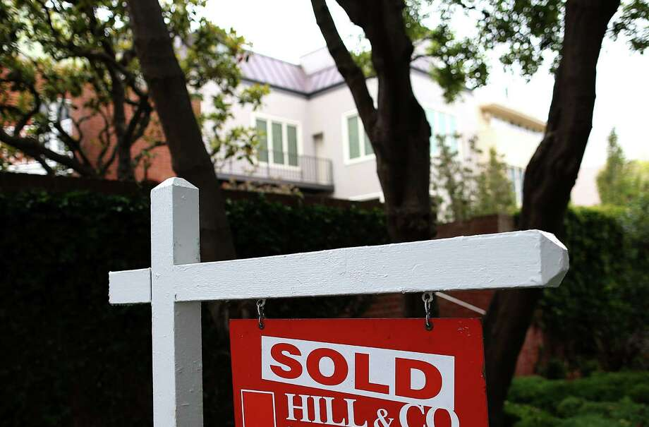An analysis by the Mortgage Bankers Association found loan applications for home purchases have slipped nearly 20 percent in the past four months compared with the same period a year earlier. Some housing experts suspect that student loan debt is partly to blame. Photo: Getty Images / 2013 Getty Images