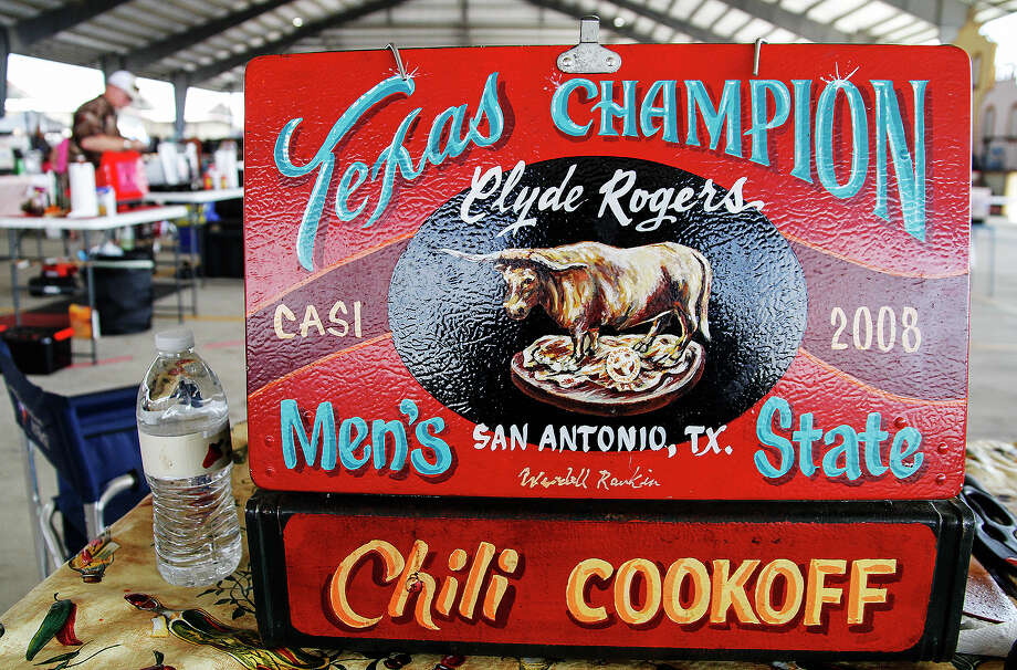 "The propane stove of Clyde Rogers, Sunday, Feb. 23, 2014 at the Texas State Open ""day after"" cook-off at Traders Village in San Antonio. The front of the stove was painted by artist Wendell Rankin.