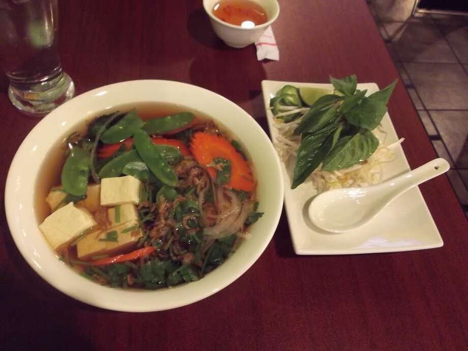 What goes better with gray skies than a hot, steamy bowl of pho, ready to warm your soul and perhaps clear some sinuses?Yelp crunched its data on what users have to say about our local pho joints. We give you Yelpers' top 20. Find the nearest one today. Photo: Picasa, Vegangastrobot.com