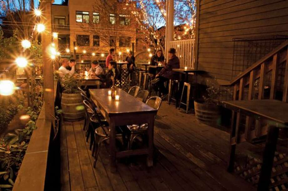 Post Alley's The Pink Door ranked No. 10 for U.S. everyday dining on TripAdvisor's list of best restaurants in 2018 Photo: Seattlepi.com File Photo