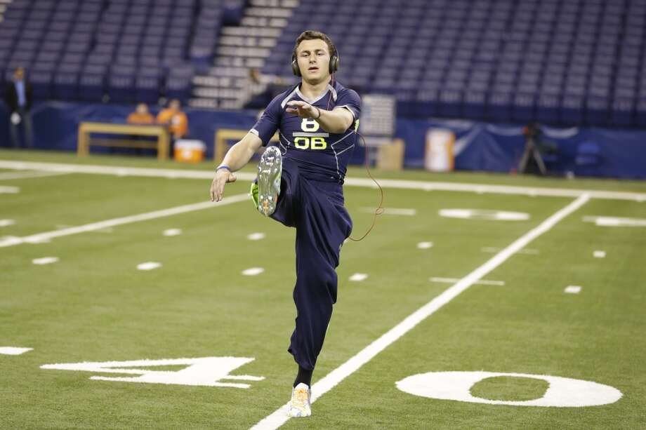 Johnny Manziel warms up. Photo: Michael Conroy, Associated Press