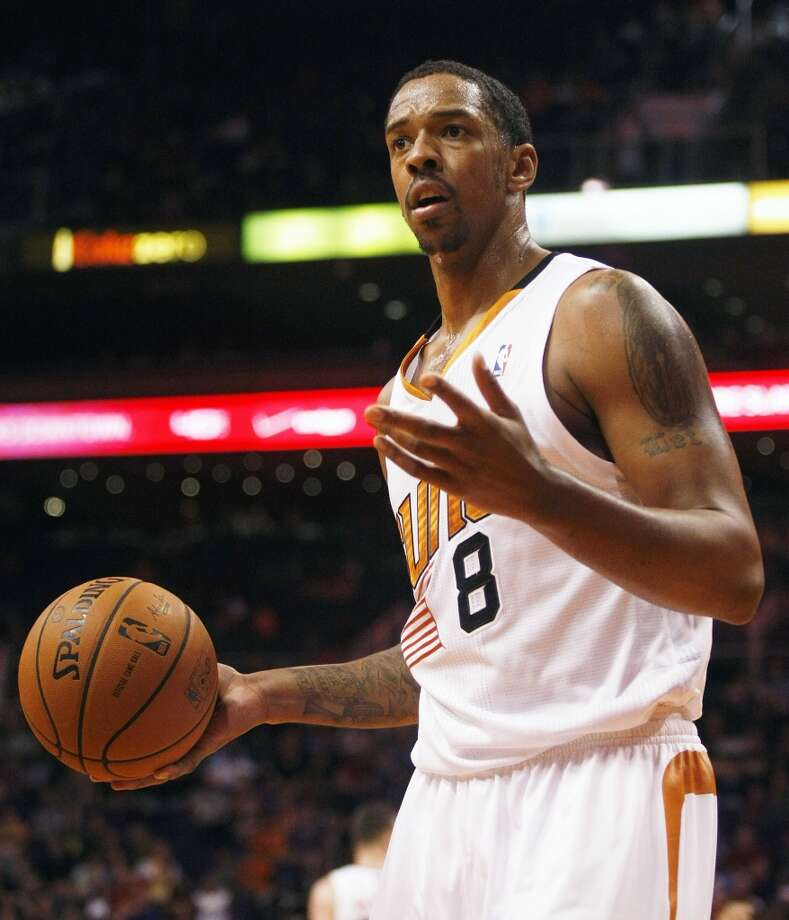 Suns forward Channing Frye (8) reacts to a foul call. Photo: Rick Scuteri, Associated Press