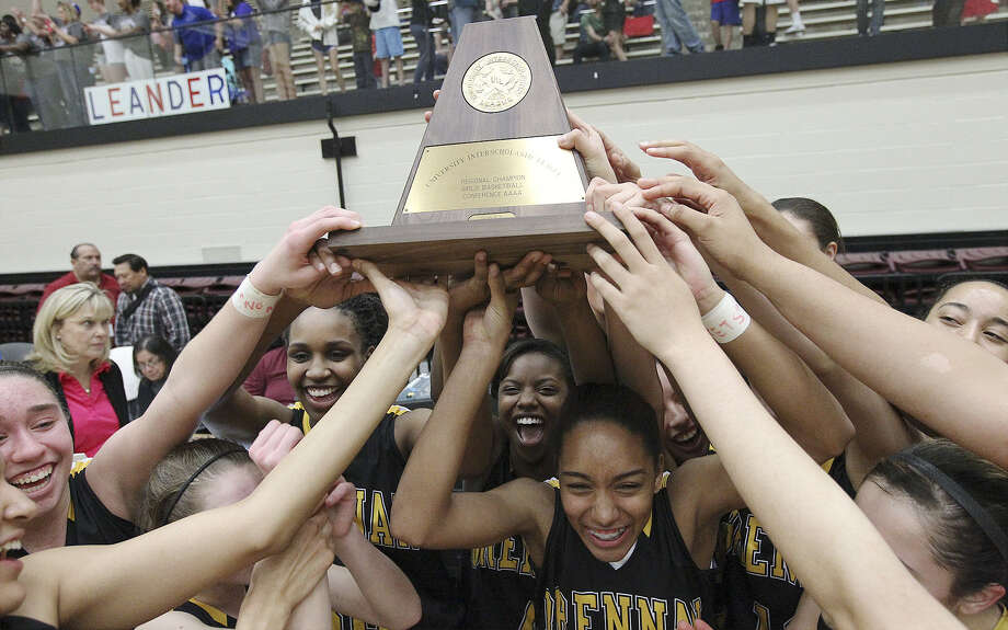 Brennan, the state's top-ranked team in Class 4A, will take on McKinney North on Thursday in the state semifinals in Austin. Photo: Kin Man Hui / San Antonio Express-News / ©2013 San Antonio Express-News