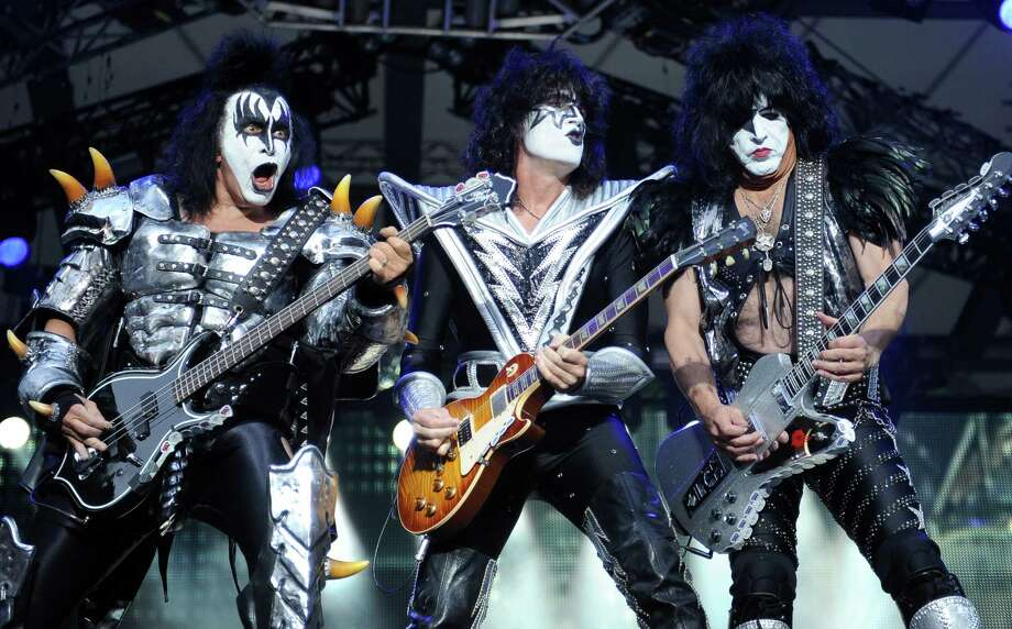 Kiss & Def Leppard the ultimate rock heroes are playing live at the Xfinity Theatre on Sunday. Find out more. Photo: Britta Pedersen / dpa